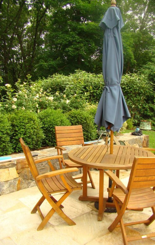 Fairfield landscape design patio table