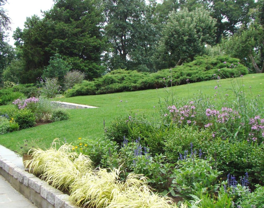 Westchester landscape design - garden and lawns